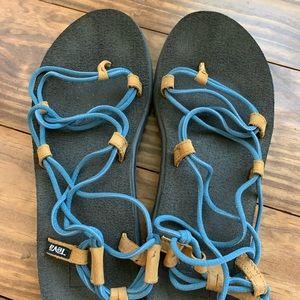 Teva voya infinity sandals
